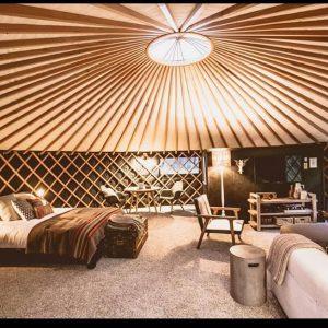 The round tent raglan glamping