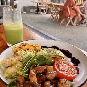 Source Cafe Breakfast